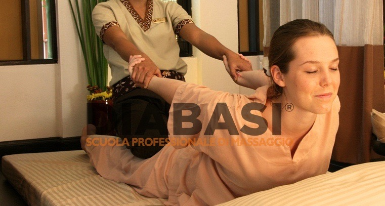 Corso massaggio thailandese Trento