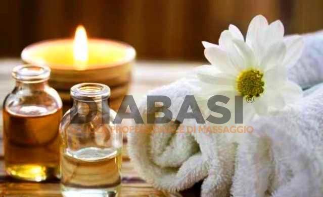 Corso massaggio thailandese Udine