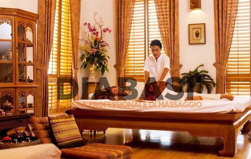 Corso massaggio thai Como