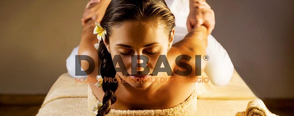 Corso massaggio thailandese Cagliari